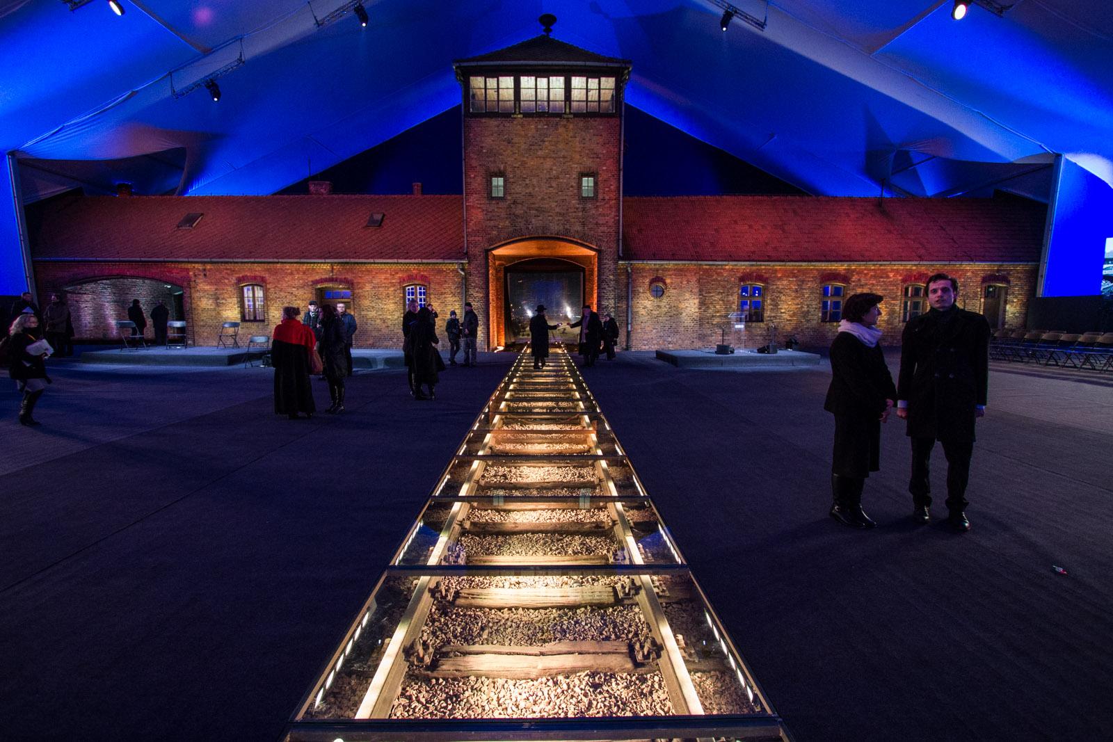 Brama Śmierci Auschwitz - Birkenau